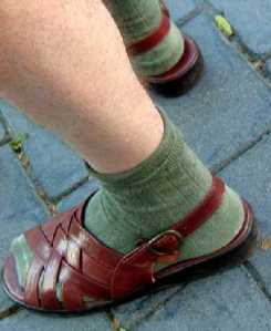 sandals_socks
