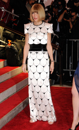anna-wintour-costume-institute-gala-dress
