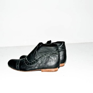 chronicles-never-black-5th-boots-1