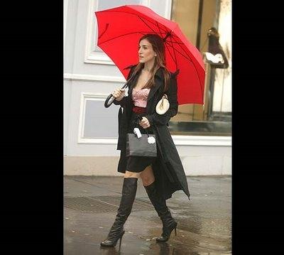 ep93_carrie_street_umbrella
