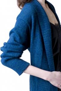 lhasa-electric-blue-detail