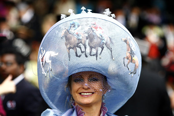 The top 5 horse related headpieces of all time  b7ee2e329f3